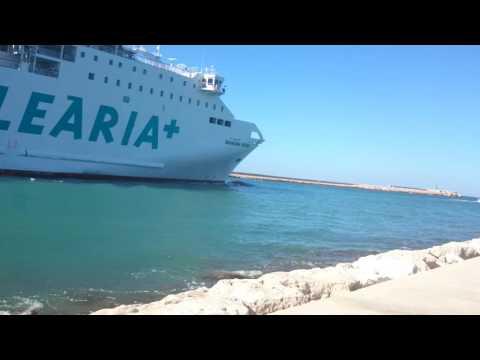 Ferry balearia Bahama mamá (Denia)