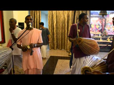 Final Kirtan by HG Kripa Prabhu on Srila Prabhupada Disappearance Day 15/11/15