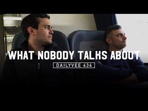 The Difference Between Getting a Lot Done and Getting Something Meaningful Done | DailyVee 434