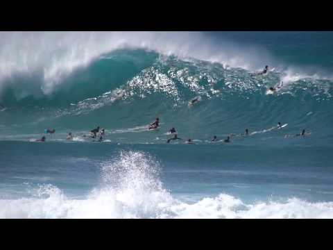 Surfing Pipeline's Outer Reef Bombs
