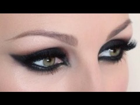 intense feline cat eye makeup tutorial - Cat Eyes Makeup For Halloween