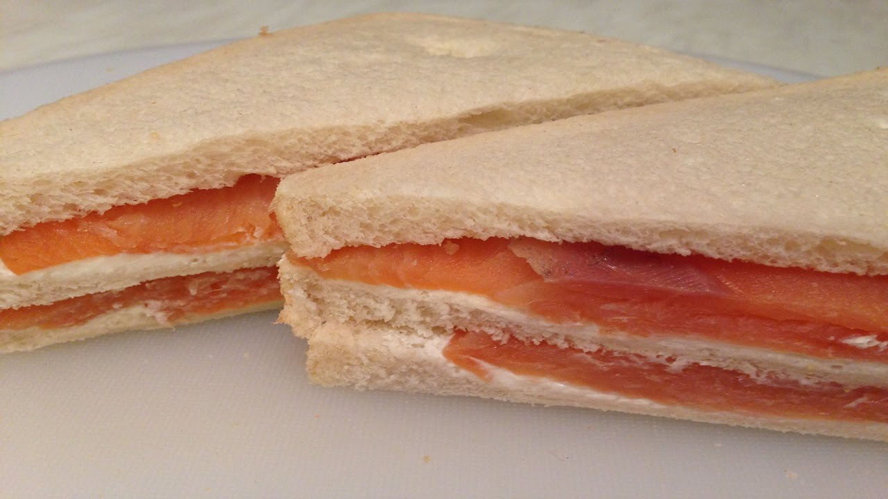 Smoked Salmon And Cream Cheese Sandwich - طريقة تحضير ...