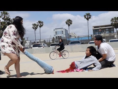 half-woman-prank😱--julien-magic