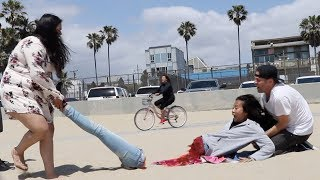 Half Woman Prank😱 -Julien Magic
