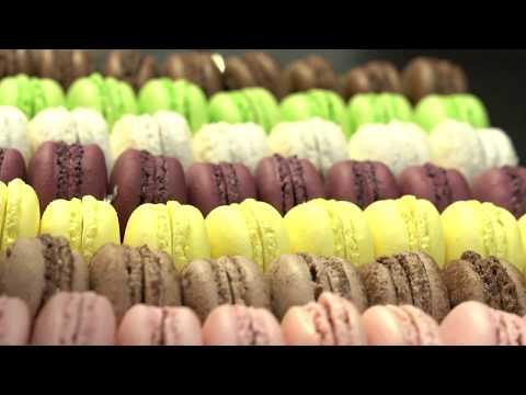 Des cuisines au vestiaire du personnel, les coulisses de l' Hotel du Bristol Paris | VANITY FAIR