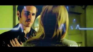 Emma & Hook || Feather on a Clyde
