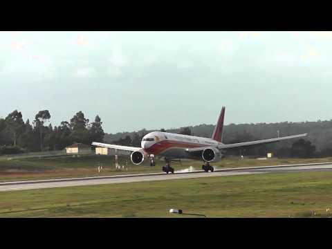 Francisco Sá Carneiro Airport (Oporto)- Landings 12-10-2013