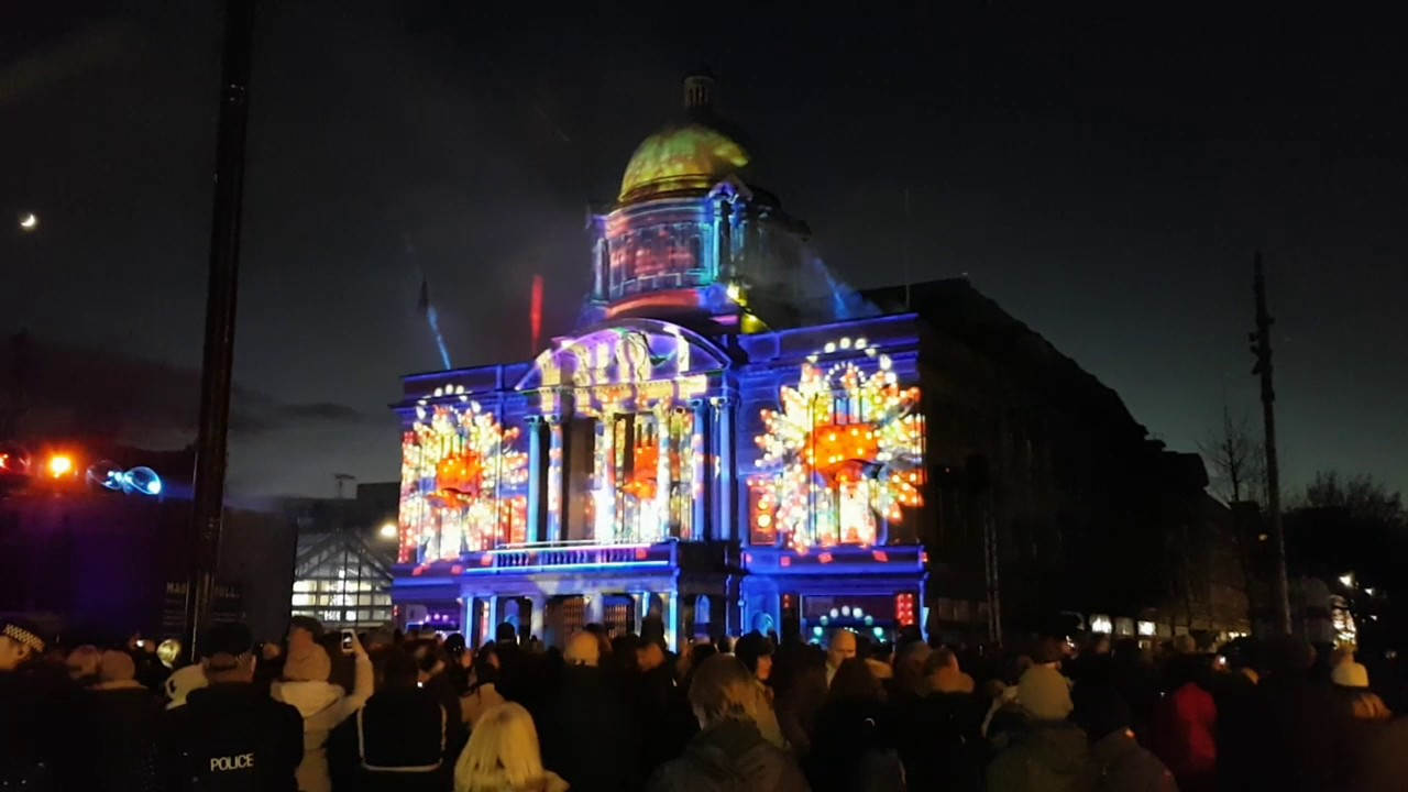 & Hull City of Culture 2017 Light Display - YouTube azcodes.com