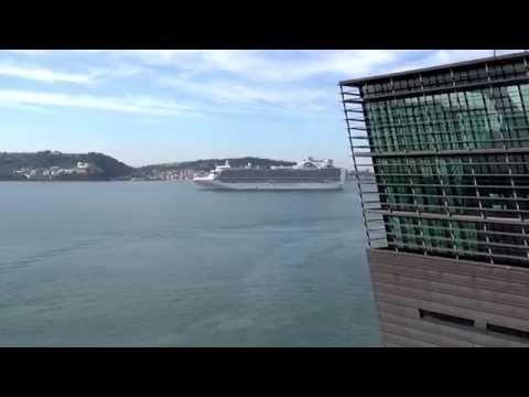 Port of Lisbon - Bridging People & Business