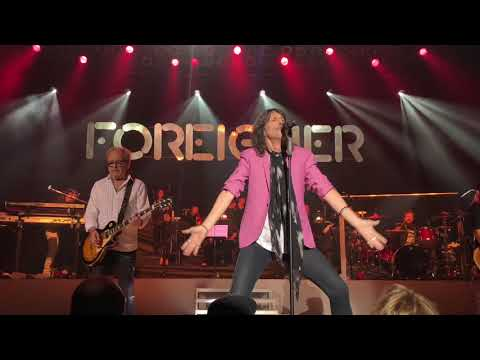 Foreigner w/ The Dave Eggar Symphony Orchestra: Juke Box Hero — Live (Duluth, MN — 4/4/18)