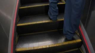 台北捷運古亭站5號舊出口舊電扶梯往上專用的最後一天 thumbnail