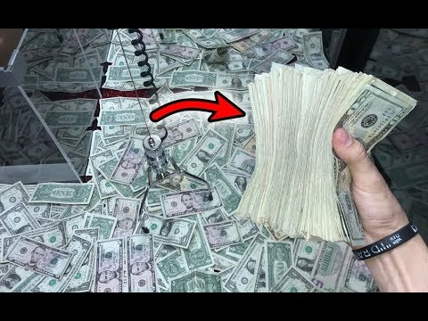 WON STACKS OF CASH FROM MONEY CLAW MACHINE! | JOYSTICK