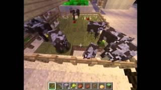 Minecraft 1.8 Выживание с другом. 4 серия. Постройка фермы,разведение коров .