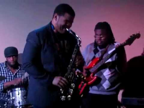 Beyonce' Love on Top (cover) that's Saxxy- Jazz Artist Brandon Primus Music Band