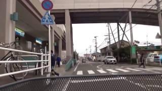 信号の無い横断歩道で一時停止  その63  前のフィット・プリウスが止まりました(その他17シーン) thumbnail