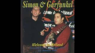 Here it's back... Simon & Garfunkel live from Amsterdam in 1970. En...