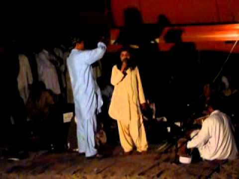 Pashto Medani dance by Beautifull Boy in Dubai opened area