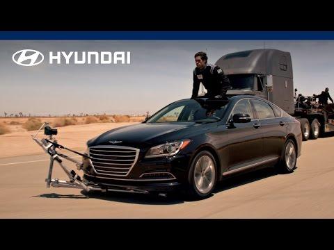 2015 Hyundai Genesis | Empty Car Convoy | Hyundai Canada