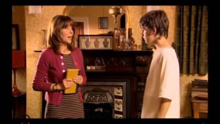 TV In The Balance - Sarah Jane Adventures - Invasion Of The Bane