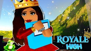 FIRST DAY OF PRINCESS SCHOOL | Royale High School | Roblox Fairies & Mermaids Enchantix High School