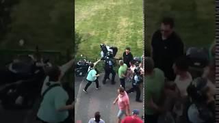 Jandarm batut la protestele din Piata Victoriei ..! Jandarm K.O.