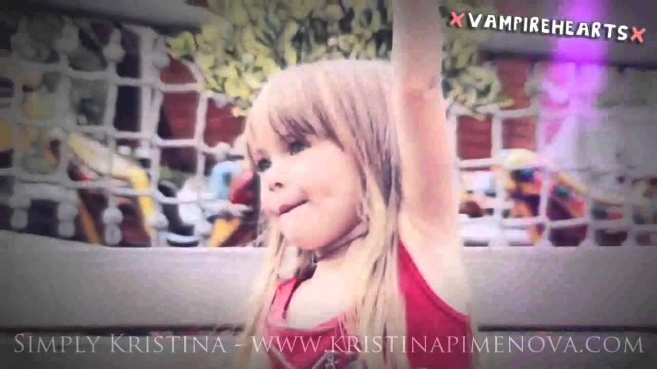 Kristina 9 Ans Le Jeune Mannequin Russe Qui Derange Madame Figaro