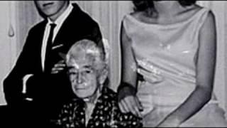 """Raúl Solari. """"Abuela Julia"""" (Balada). Autor e Intérprete. En vivo."""