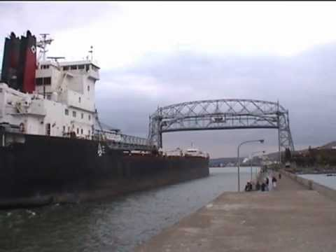Fantastic horn blast!  Canadian Transport to Duluth, MN. lift bridge double horn salute...
