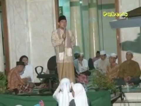 ceramah agama ( KH, Ahmad Fudholi ) Part,1