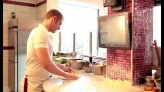 Pizza Dough Recipe In Naples: Pizza Margherita