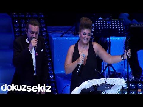 Halil Sezai & Sibel Can - Paramparça(Harbiye Açıkhava Konseri)