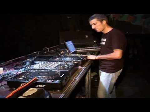 o7. o7. 'o7. - Kalemegdan - UltragrOOve party_-_AKI live + DJ set .avi