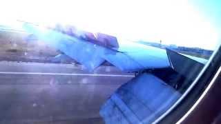 香港を出発したキャセイパシフィック航空機が、ローマのレオナルドダヴ...