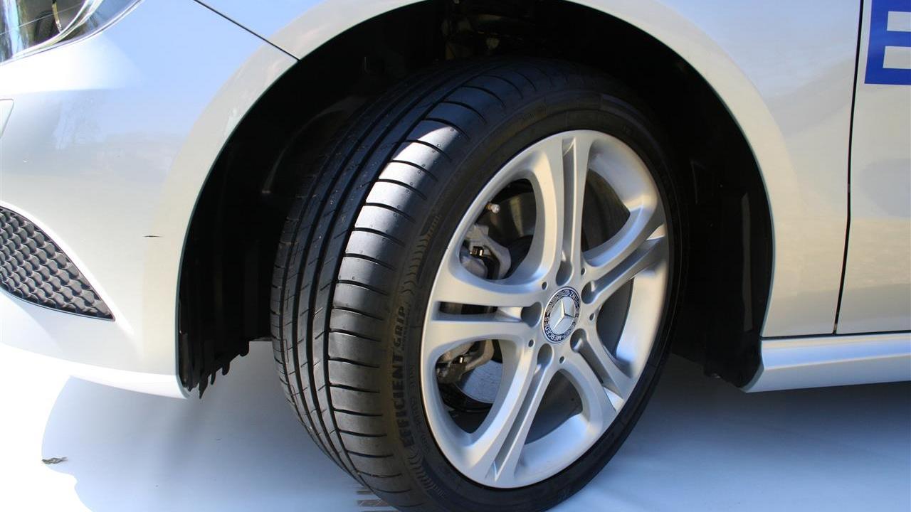 ✓сравнить цены и выгодно купить с помощью hotline. Покрышки делятся на: автомобильные шины (для легковых авто), шины для внедорожников.