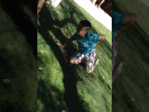 1e6a343fbf89 Funny kid does scorpion - YouTube