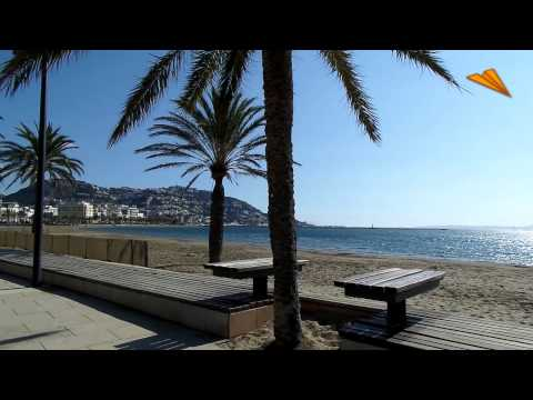 Rosas / Roses. Roses beach. Tourism and Holidays in Roses, Girona, Spain