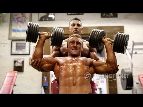 Teen Bodybuilders Mo Aburajouh and Marko Berlenbach Train after the 2014 Teen Nationals