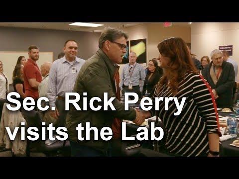 Energy Secretary Rick Perry visits the Lab