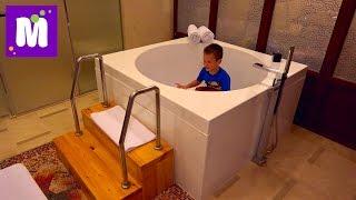 Летим в Пекин Китай кушаем еду в самолёте и селимся в отеле с большой ванной в номере