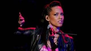 Alicia Keys' Harlem Nocturne vs. As I Am Intro!!!