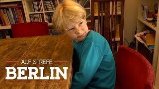 Wieso macht der Junge (9) immer noch ins Bett? | Auf Streife - Berlin | SAT.1 TV