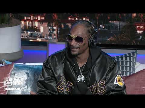 Snoop Dogg Hired a Full-Time Blunt Roller