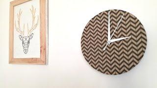 Recyclage calendrier #2 : fabriquer une horloge design