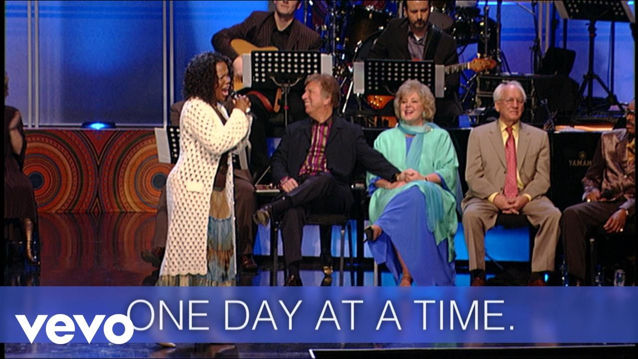 Download Lynda Randle - One Day At A Time (Live/Lyric Video)