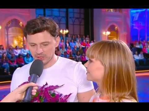 видео: Алла Михеева и Максим Маринин - t.A.T.u. - Нас не догонят (Ледниковый период)
