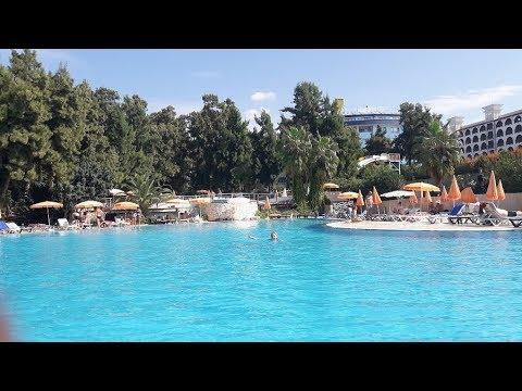Территория отеля  Bayar Garden Beach HV-1.Турция, Конаклы.