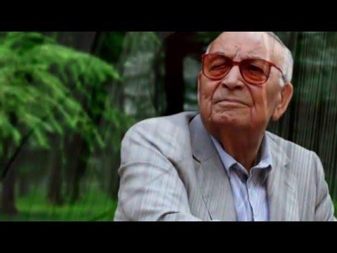 Renklerle Yaşar Kemal Portresi.