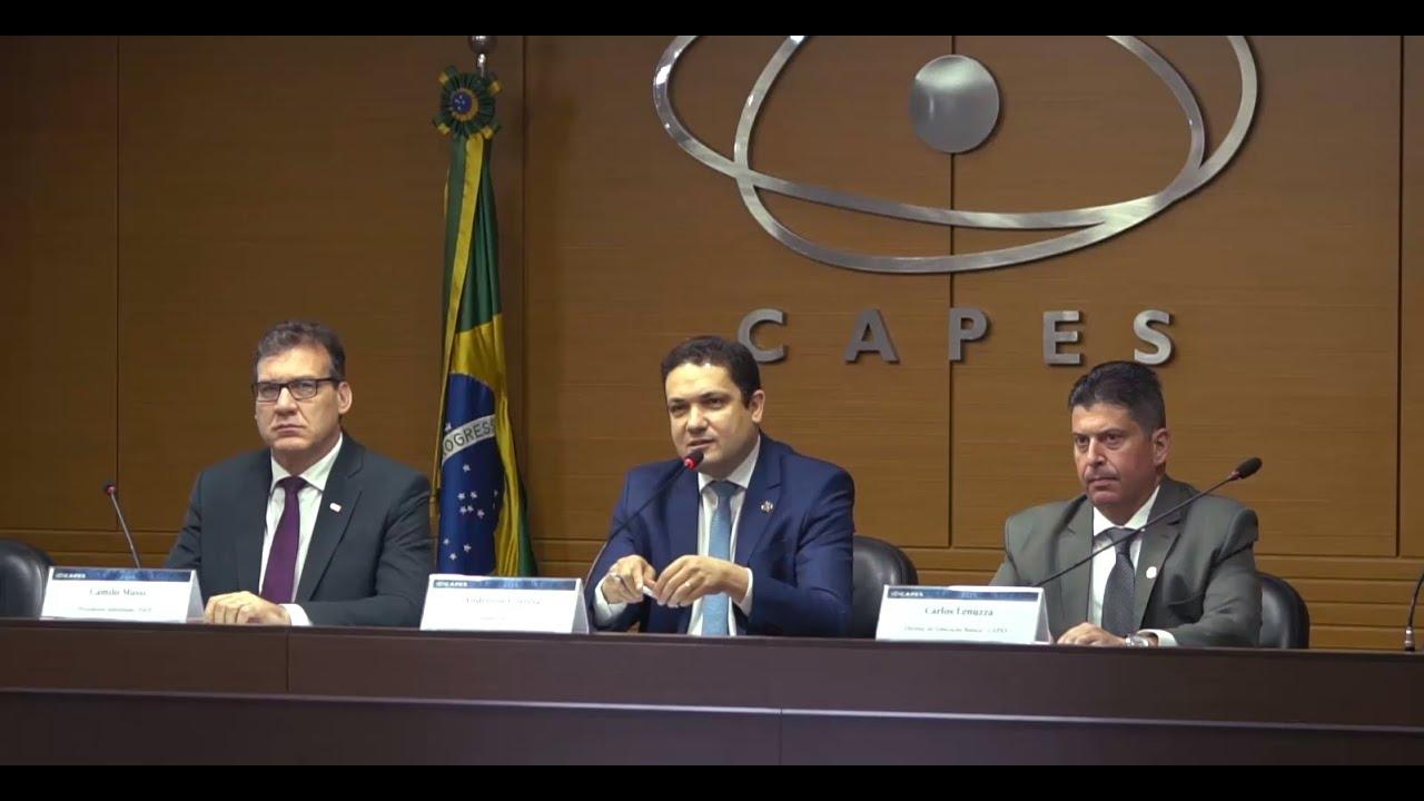 """Resultado de imagem para Capes oferta 66 mil novas vagas para formação de professores"""""""