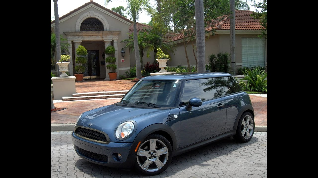 2009 mini cooper base model with premium package 3100 aftermarket custom parts youtube. Black Bedroom Furniture Sets. Home Design Ideas