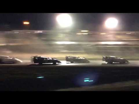 9/02/2018 Gillette Thunder Speedway Clash night 3 main event (outside view)